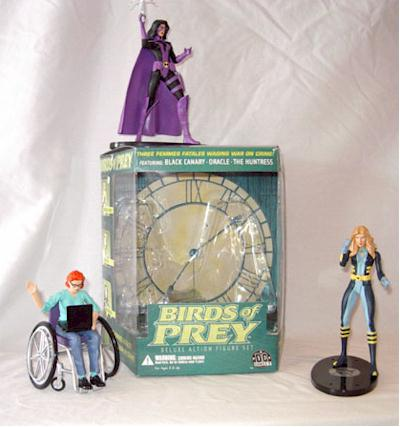 DC DIRECT COLLECTIBLES HUNTRESS FIGURE FROM BIRDS OF PREY BOX SET