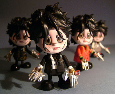 Edward Scissorhands Cosbaby figures by Hot Toys