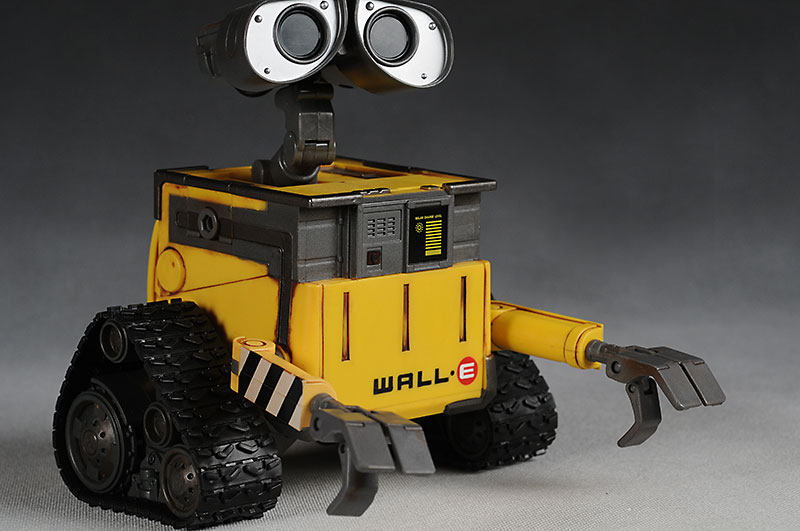 Interactive Wall-E toy from Thinkway