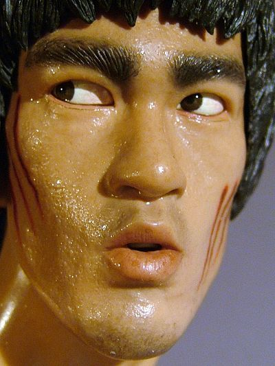 Bruce Lee Enter the Dragon quarter scale statue by Enterbay