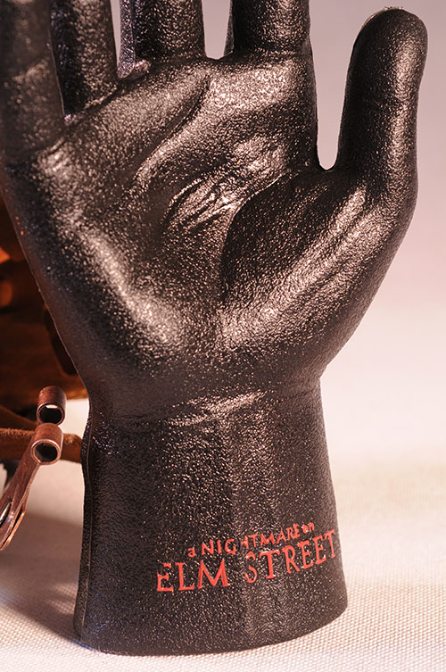 Freddy Krueger glove prop replica by NECA