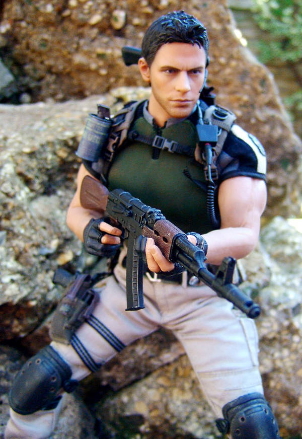 Chris Redfield Resident Evil sixth scale action figure by Hot Toys