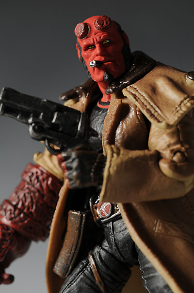 Mezco Hellboy 2 action figure