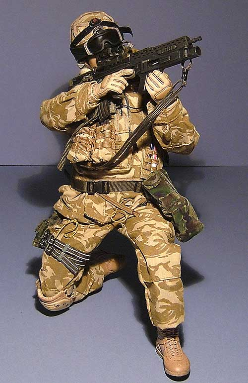 Blues and Reds in Afghanistan action figures from Hot Toys