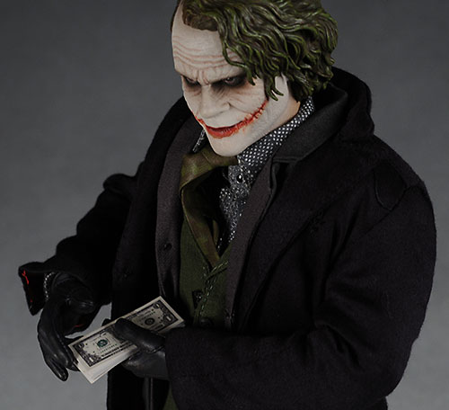 Hot Toys Dark Knight Batman action figure