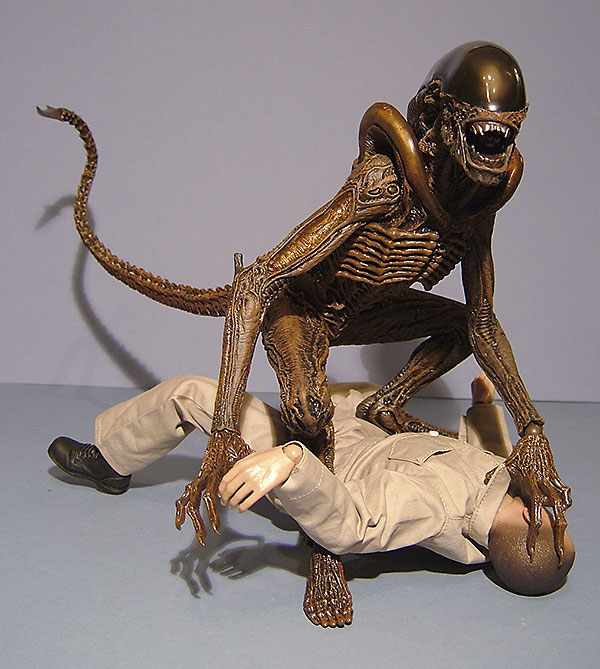 Hot Toys Alien Dog Alien. Dog Alien action figure from Hot Toys
