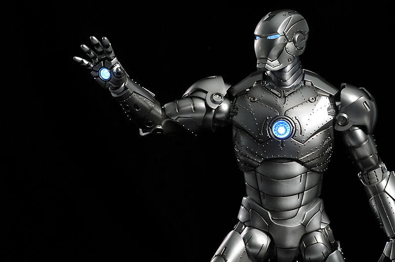 Iron Man Mark II sixth scale action figure by Hot Toys