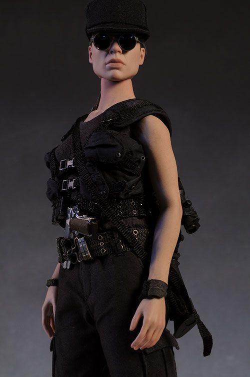 Terminator Sarah Connor sixth scale action figure by Hot Toys