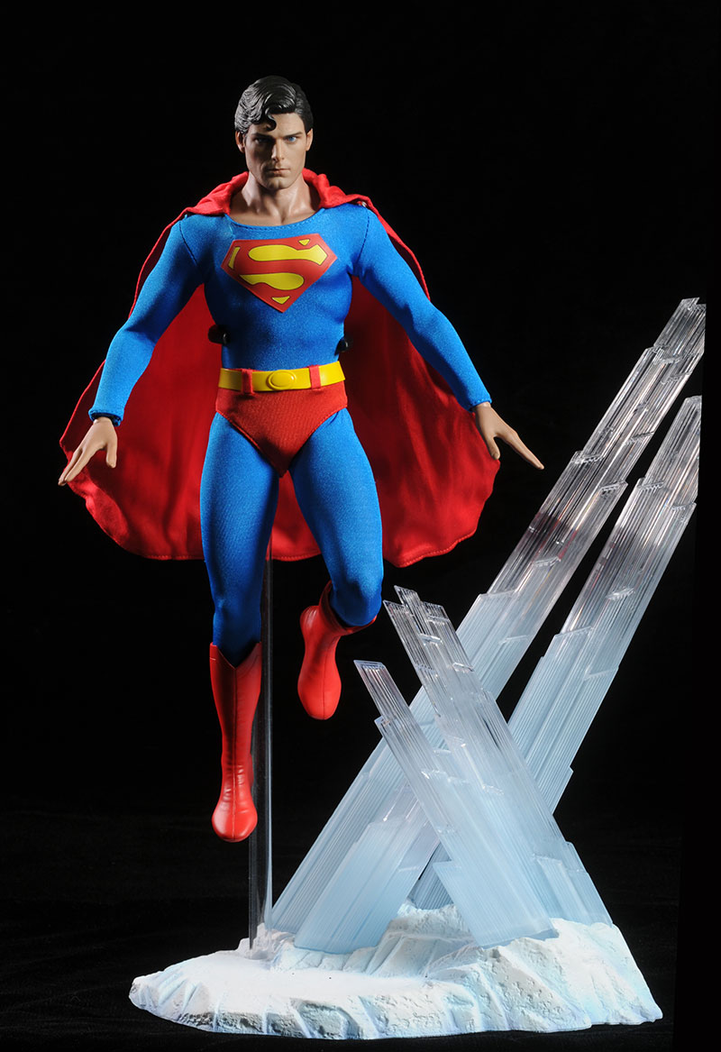 Christopher Reeve Superman action figure by Hot Toys