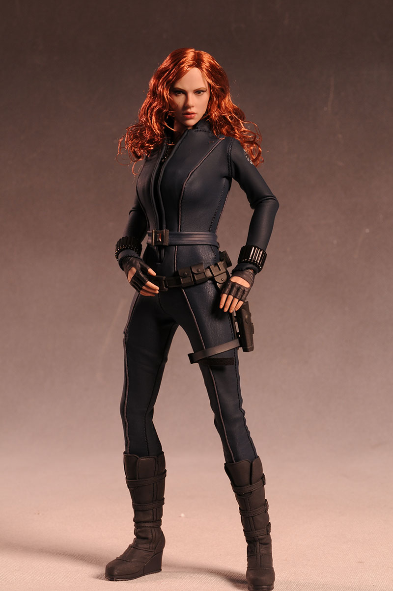 Black Widow Iron Man 2 action figure by Hot Toys