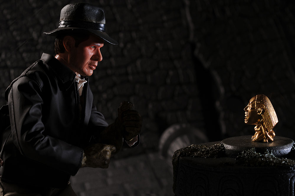 Indiana Jones Fertility Idol environment by Sideshow Collectibles