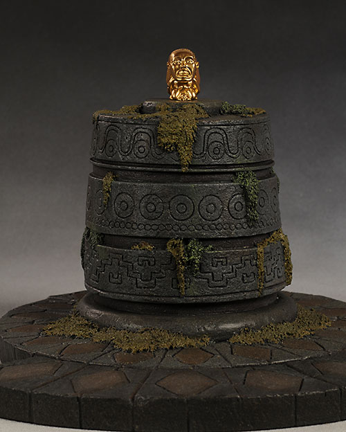 Indiana Jones Fertility Idol environment from Sideshow Collectibles