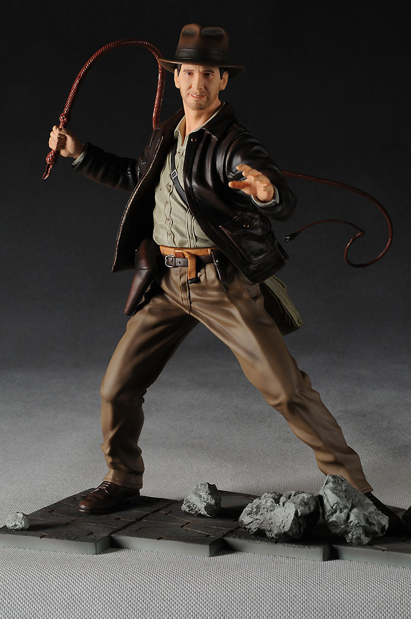 Indiana Jones statue by Kotobukiya