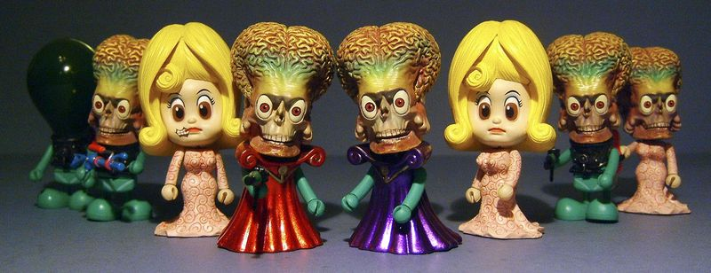 Mars Attacks Cosbaby action figures by Hot Toys