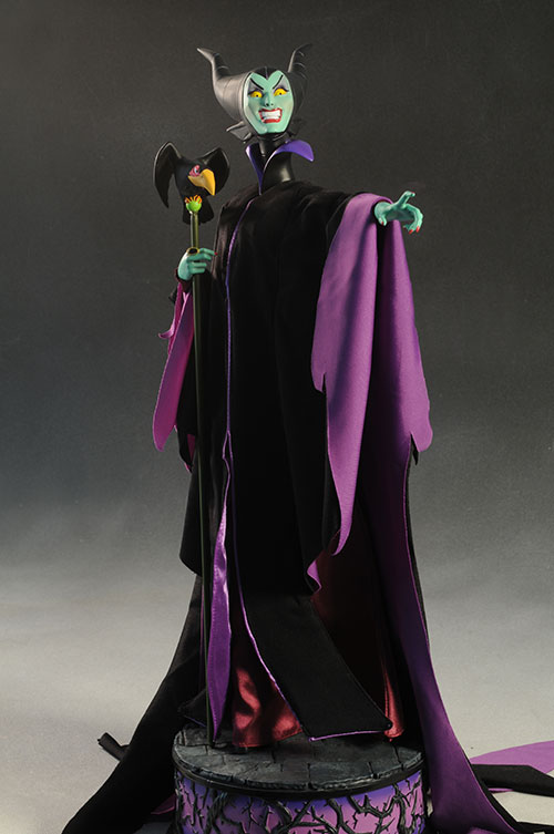 Maleficent Premium Format Statue Sleeping Beauty by Sideshow Collectibles