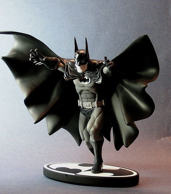 Batman Black and White Marshall statue by DC Direct