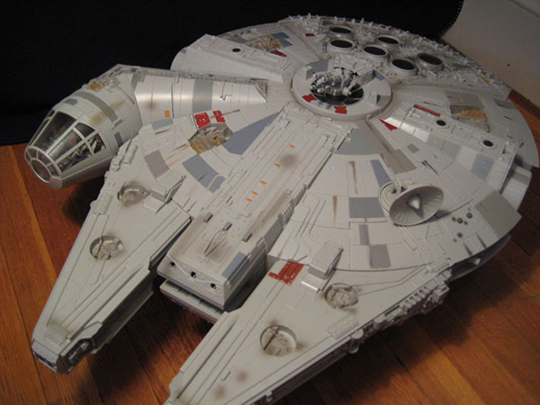 Millenium Falcon ship from Hasbro