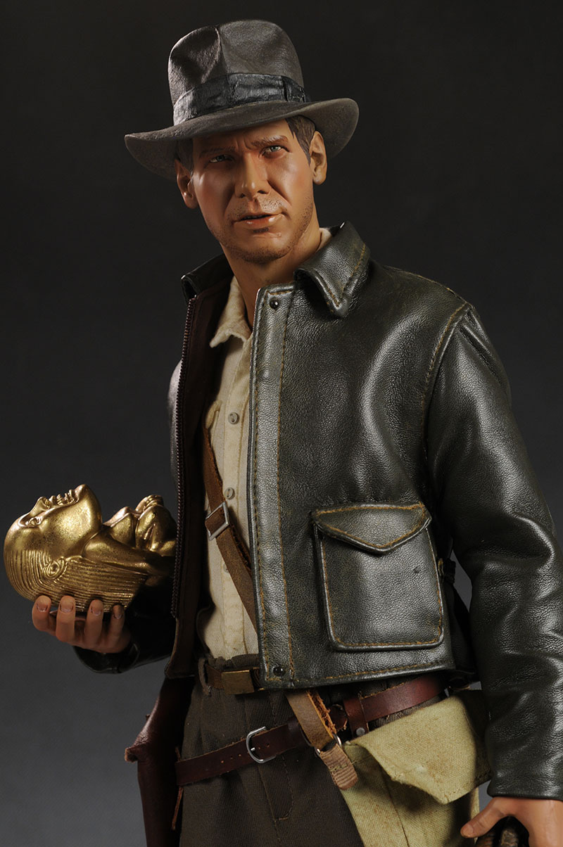 Indiana Jones Premium Format statue by Sideshow Collectibles