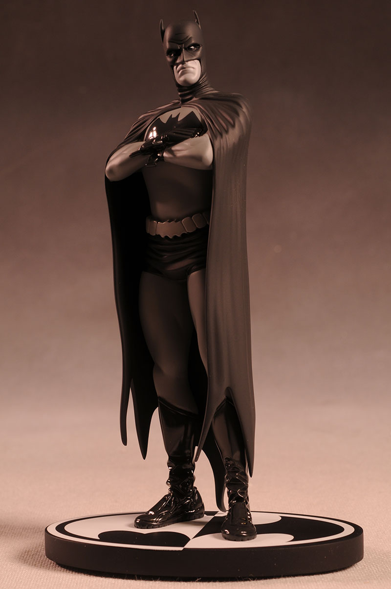 Batman Black and White Frank Quiteley statue by DC Direct