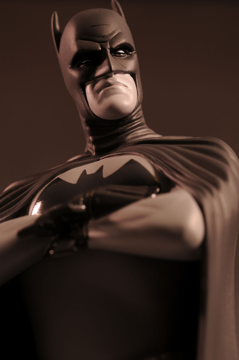 Batman Black and White Frank Quitely statue by DC Direct