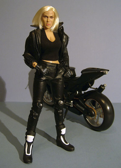 Rosanna ZC Girls sixth scale action figure