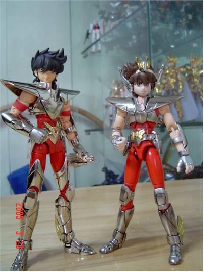 Knights of the Zodiac Deluxe Seiya iN SAGITTARRIUS CLOCK Figure Collector