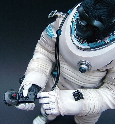 Apexplorer Space Adam action figure by Hot Toys and Winson Ma