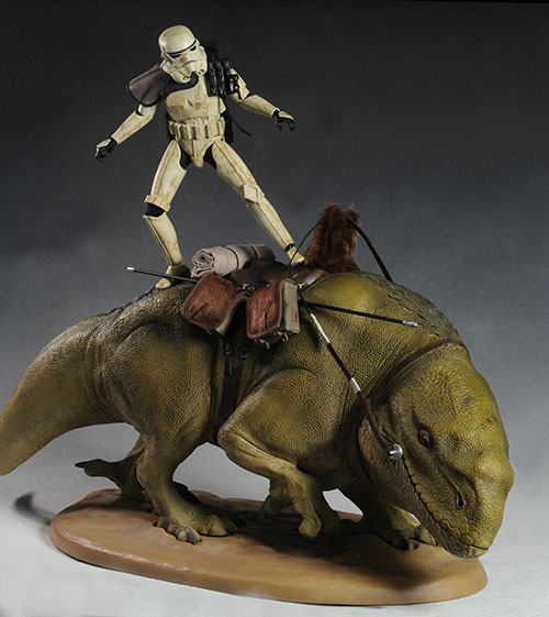 Sand Trooper and Dewback sixth scale action figures by Sideshow Collecctibles
