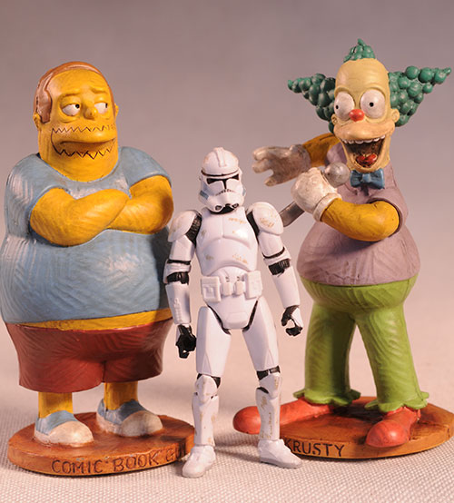 Syroco style Simpsons statue by Dark Horse Comics