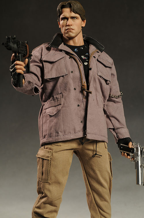 Terminator T-800 sixth scale action figure by Hot Toys