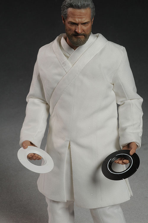 Kevin Flynn Tron action figure by Hot Toys