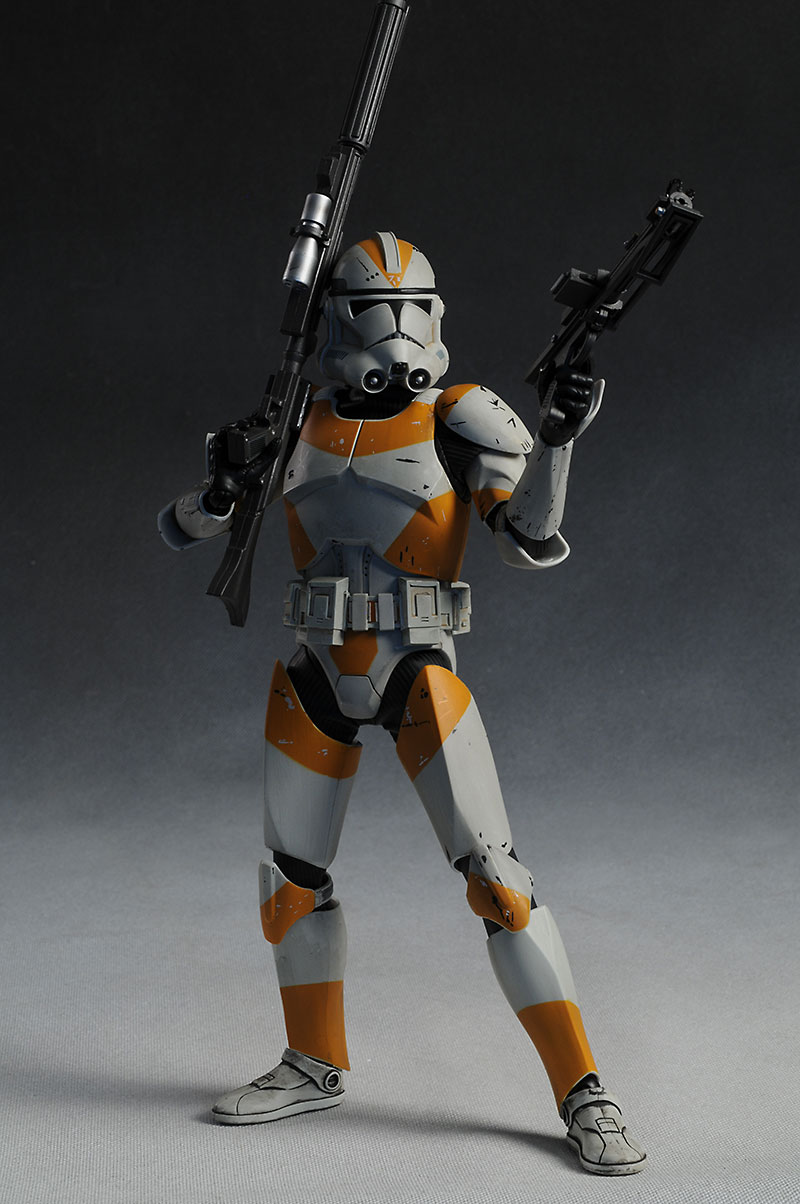 212th Attack Battalion: Utapau Clone Trooper 12-inch Figure Review_utapau_large2