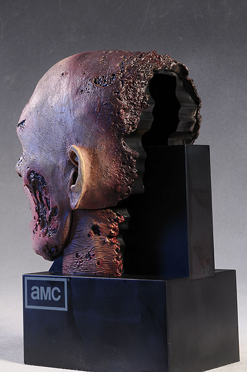 Walking Dead season 2 Zombie Head case by McFarlane Toys
