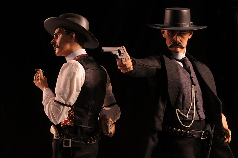 Wyatt Earp Premium Format statue by Sideshow Collectibles