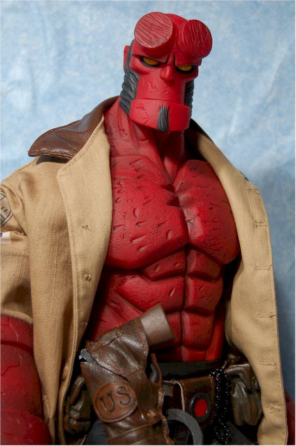 Comic Based 18 inch Hellboy action figure by Mezco Toyz