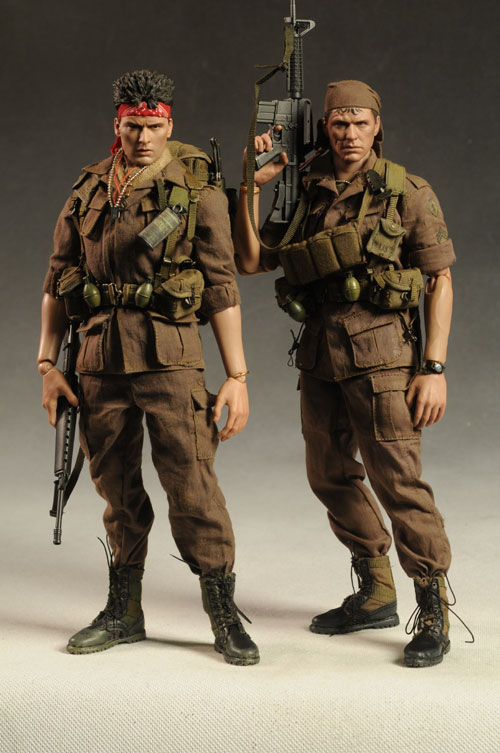 Platoon Barnes sixth scale action figure by Hot Toys