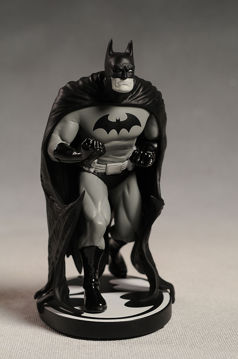 Batman Black and White Ethan Van Sciver statue by DC Direct