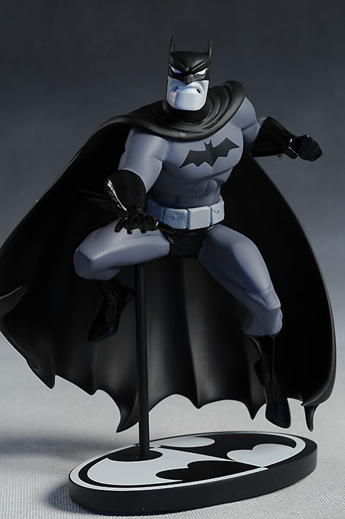 Bruce Timm Batman Black & White statue by DC Direct