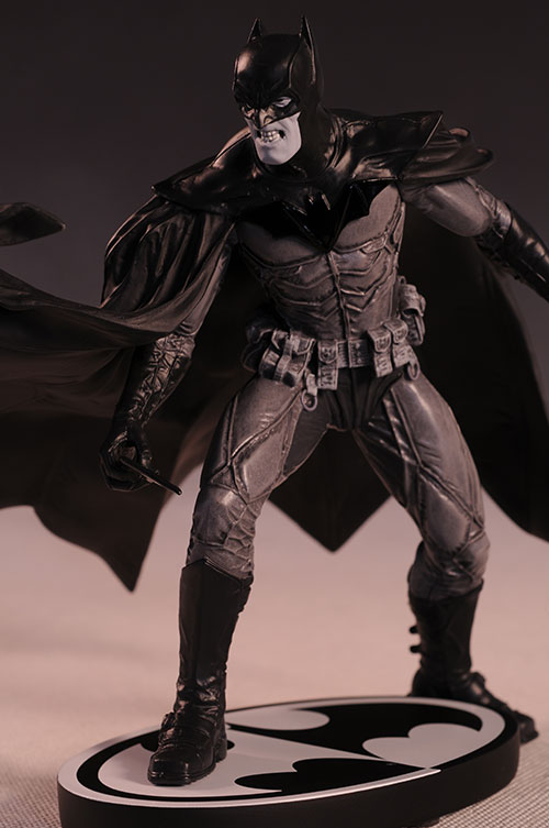 Batman Black and White Bermejo statue by DC Direct