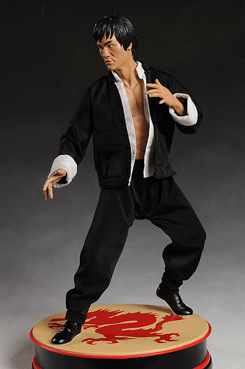 Bruce Lee Premium Format Statue by Sideshow