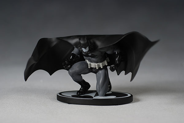 Batman Black and White Jim Lee Statue