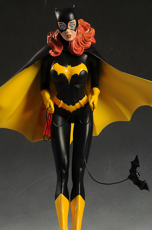 DCU Cover Girls Batgirl statue by DC Direct