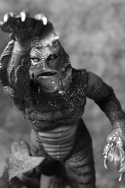 Creature from the Black Lagoon Premium Format Statue