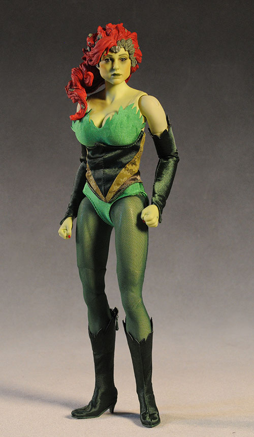 Poison Ivy DC Direct Deluxe action figure