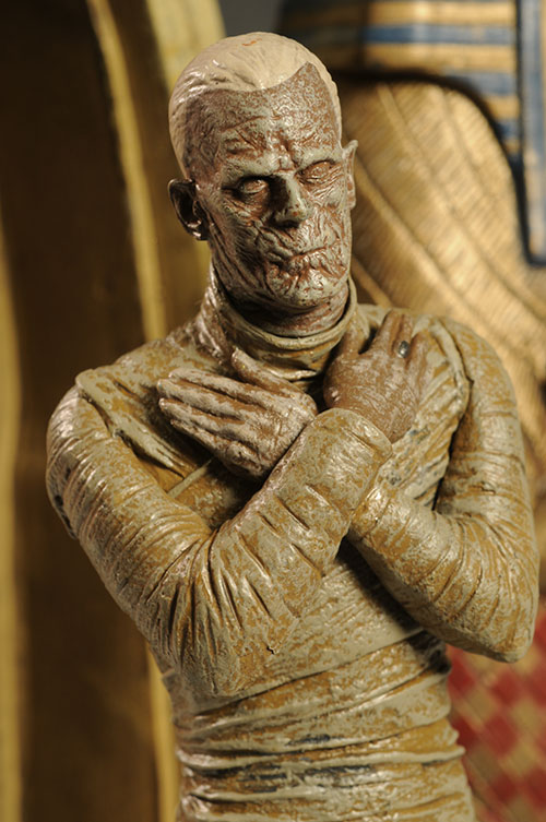 Universal Monsters Mummy figure by DST