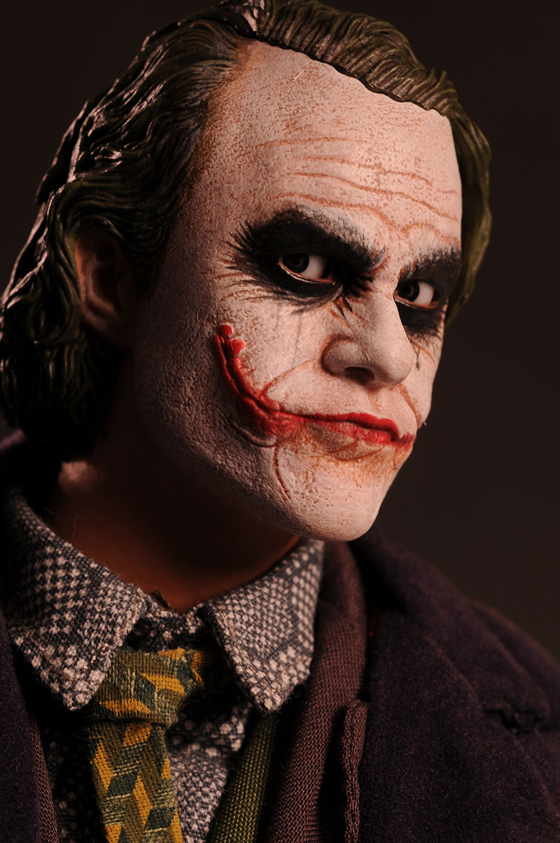 Review And Photos Of Hot Toys Dark Knight Dx01 Joker Action Figure