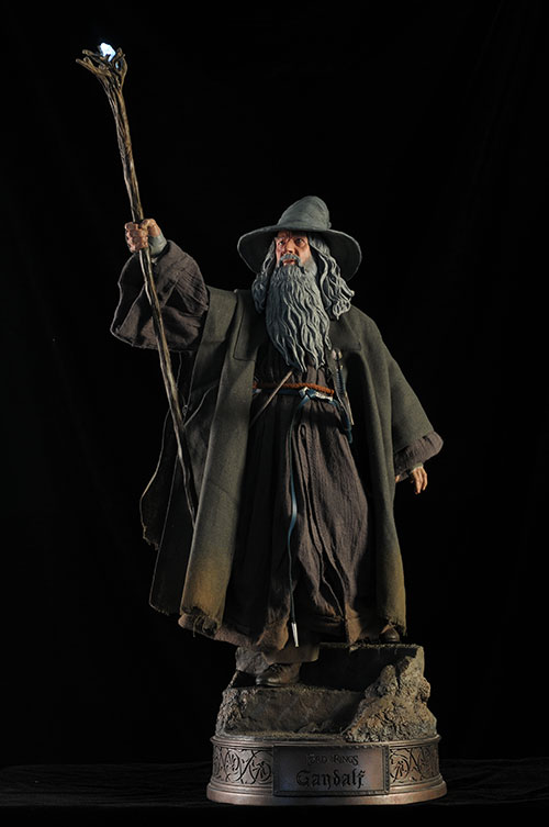 Gandalf the Grey Premium Format Statue by Sideshow
