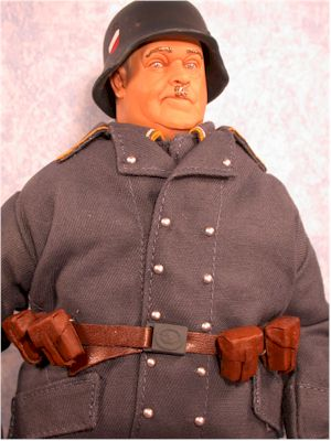 Hogan's Heroes Klink, Schultz, Hogan action figure by Sideshow