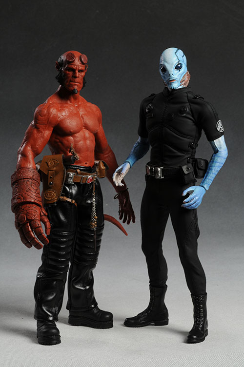 Hellboy Action Figure: Review And Photos Of Hot Toys Hellboy Sixth Scale Action