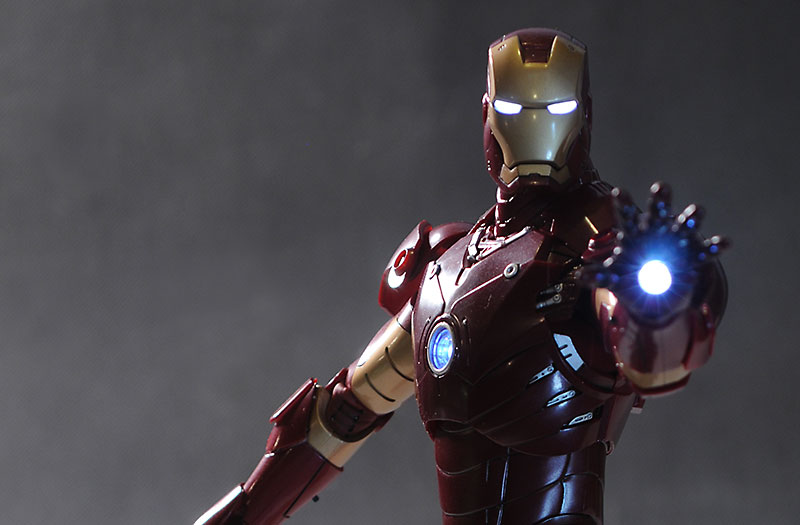 Iron Man MK III Sixth scale action figure by Hot Toys